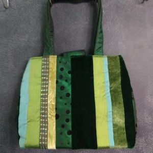 BATH & BODY WORKS | Green Ribbon Striped Tote